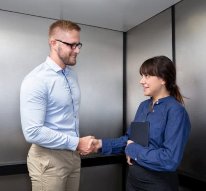 Elevator Pitch: Zuhörer überzeugen kurz & knapp